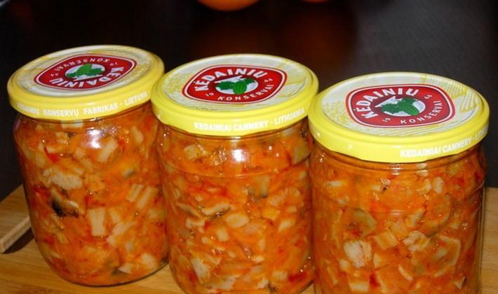 Салат из рыжиков с томатной пастой на зиму