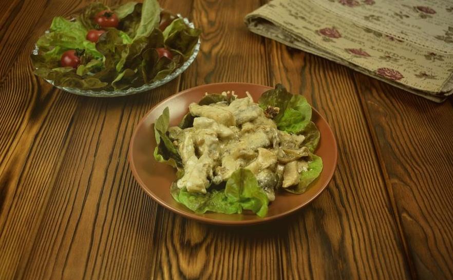 Свинина с грибами: рецепты как готовить в духовке, в горшочках, на сковороде и мультиварке