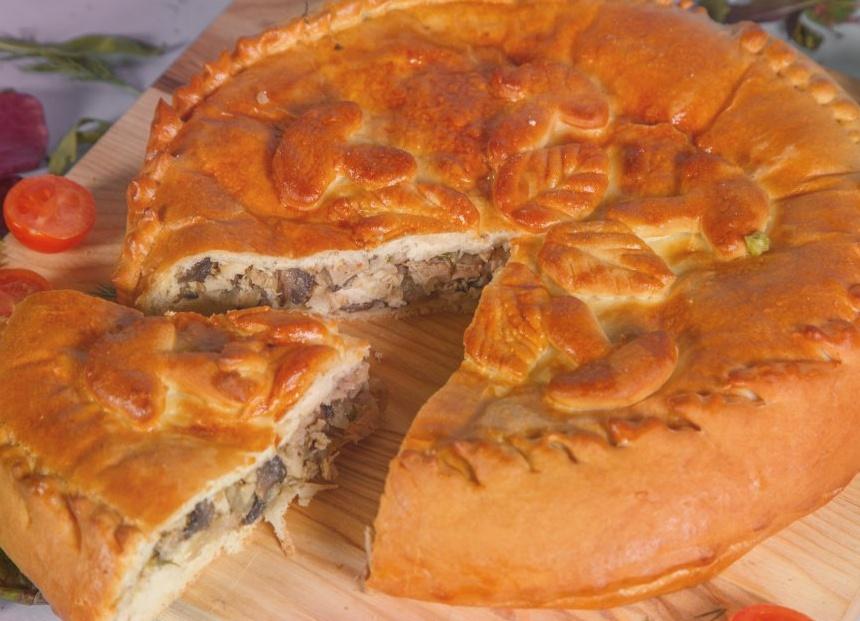 Пирог с курицей и грибами – как в детстве, у бабушки