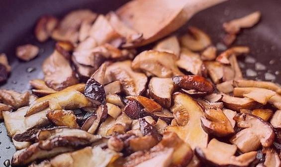 Жареные подберезовики – украшение стола и радость желудка