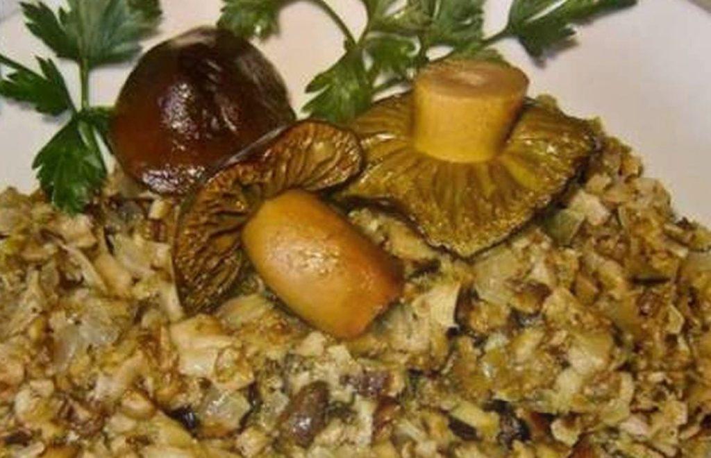 Икра из грибов – вкусное украшение нашего стола