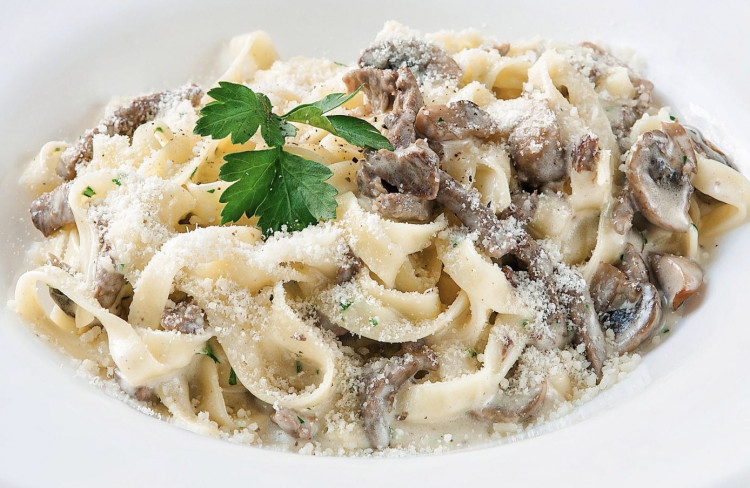 Фетучини с грибами, вкусное итальянское блюдо
