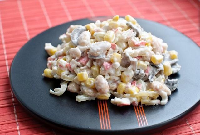 Как приготовить салат с вешенками быстро и просто? Вкусные рецепты