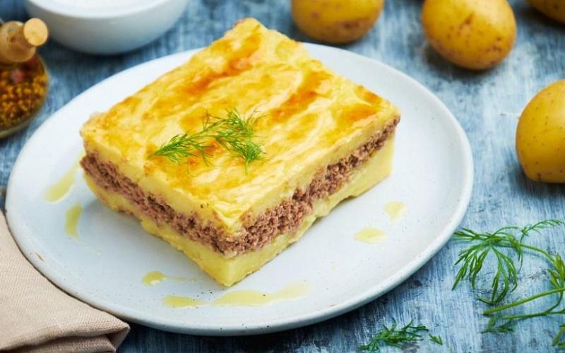 Картофельная запеканка с фаршем и грибами полезно и вкусно
