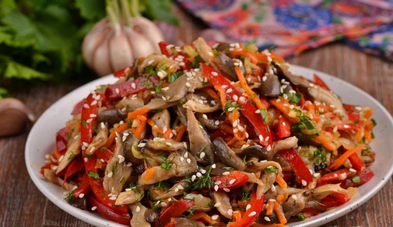 Салат с шампиньонами и ветчиной – лучший конкурент оливье