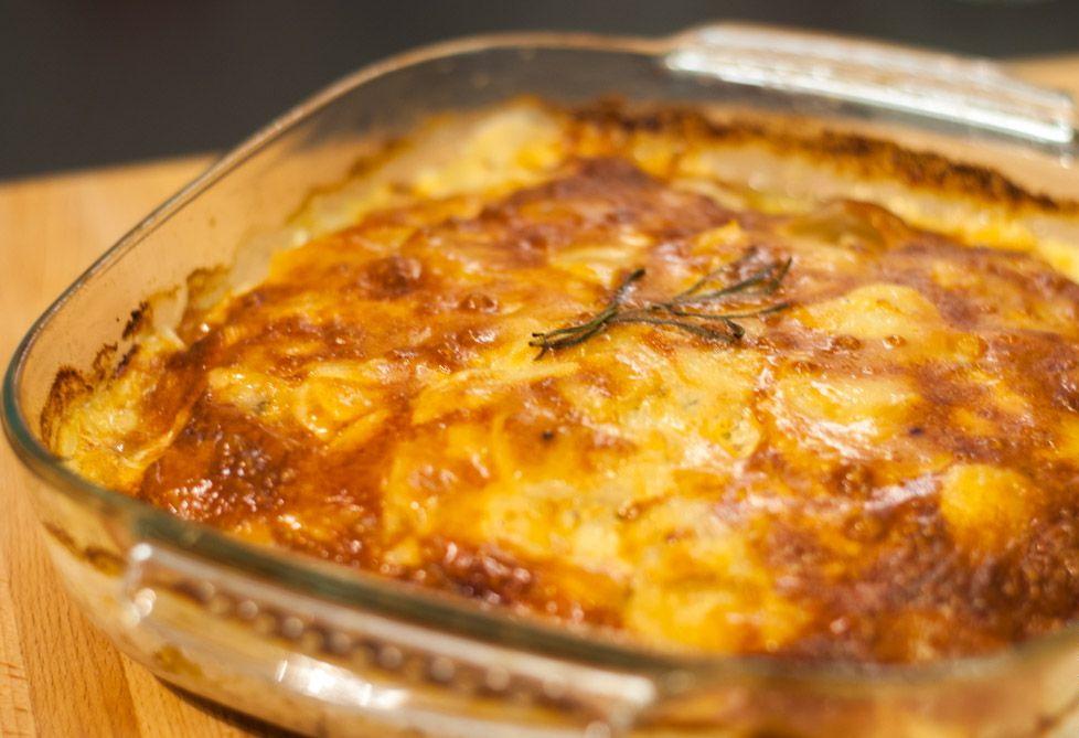 Курица в духовке с картошкой и грибами – завтрак, ужин, обед и ещё раз завтрак!
