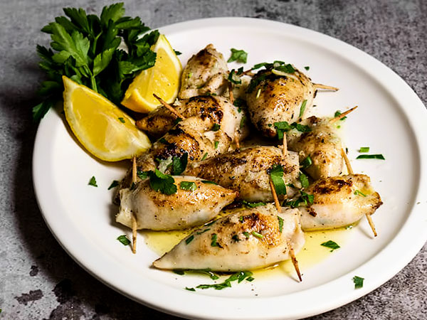 Фаршированные кальмары - рецепты в духовке с грибами